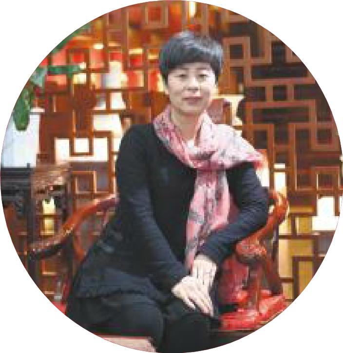 中国灯笼欧���h_李晓涓:荣获国务院政府特殊津贴的创新型汝瓷大师